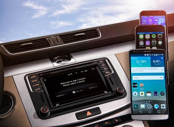 в 2016 году большинство моделей Folkswagen будут оснащены CarPlay