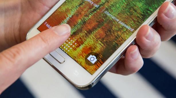 Сканеры отпечатков пальцев в смартфонах можно взломать в домашних условиях