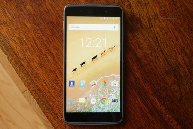 Предварительный обзор смартфона BlackBerry DTEK50
