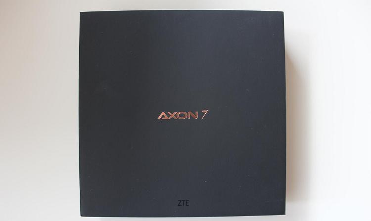 ZTE Axon 7 обзор и распаковка