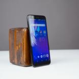 Обзор стильного недорогого смартфона BQ Slim